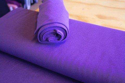 Bomuldsjersey ensfarvet mørk lilla fv. 28 - FabricRoad